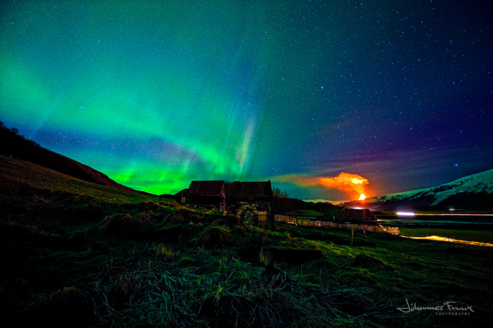 Volcano at Myrdalsjökull and Aurora Borelis johannesfrank