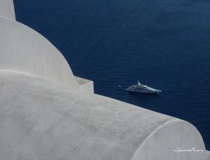 Santorini Yat on the ocean Johannes Frank