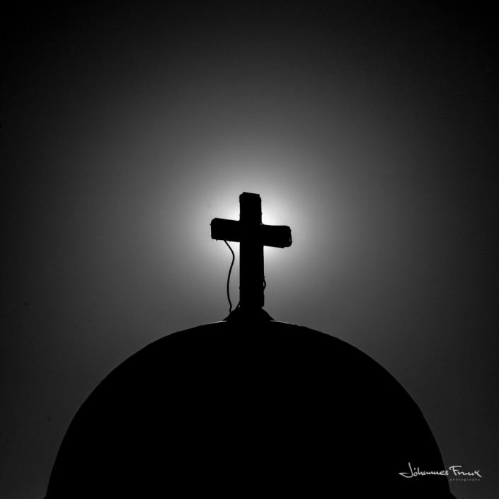 Santorini Cross Johannes Frank