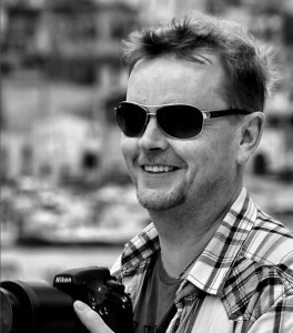 Johannes Frank nikon camera in Sicily