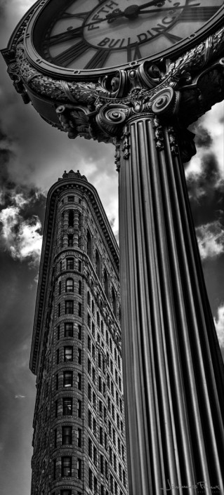 Travel Images clock and the Flatiron building Johannes Frank