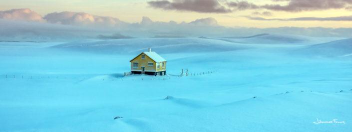 Yellow House in snow field Johannes Frank