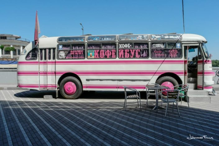 Stationary coffee bus in Kiev Johannes Frank